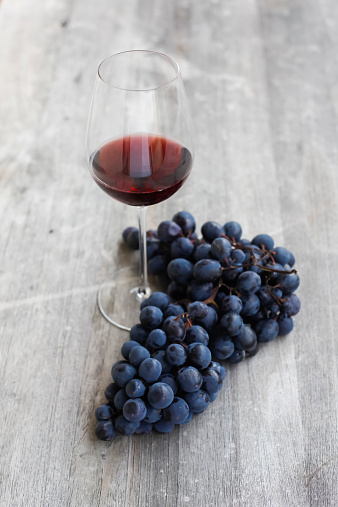 Grape「Red wine and grapes」:スマホ壁紙(5)