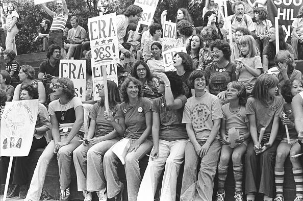 The Past「Crowd At An ERA Rally」:写真・画像(7)[壁紙.com]