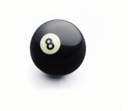 数字の8「8 ball on white」:スマホ壁紙(8)