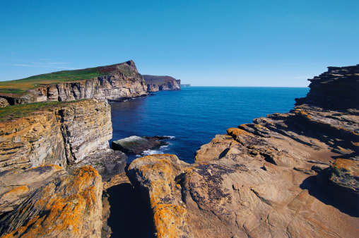 Falkland Islands「Rocky landscape along the ocean」:スマホ壁紙(1)