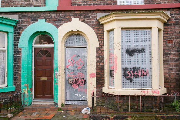 Finance and Economy「Boarded up houses in the Kensington area of Liverpool UK」:写真・画像(13)[壁紙.com]
