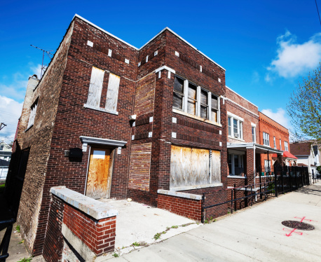 Restoring「Boarded up Edwardian town house in Chicago」:スマホ壁紙(16)