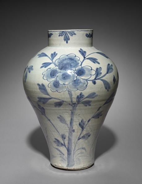 Vase「Vase With Bird And Flower Design」:写真・画像(19)[壁紙.com]