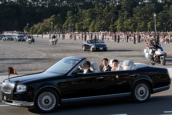 Emperor Naruhito「Imperial Parade For Enthronement of Naruhito In Tokyo」:写真・画像(18)[壁紙.com]