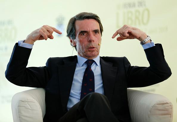 Jose Maria Aznar「Former Spanish Prime Minister Jose Maria Aznar Attends Tomares Book Fair」:写真・画像(12)[壁紙.com]