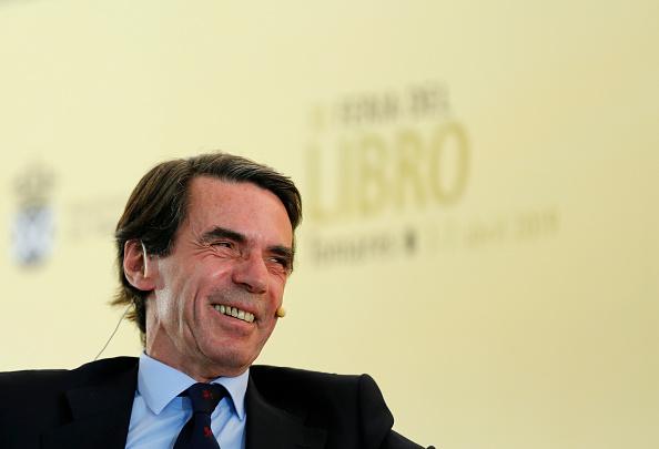 Jose Maria Aznar「Former Spanish Prime Minister Jose Maria Aznar Attends Tomares Book Fair」:写真・画像(13)[壁紙.com]