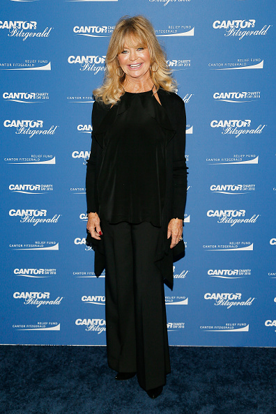 Looking At Camera「Annual Charity Day Hosted By Cantor Fitzgerald, BGC and GFI - Cantor Fitzgerald Office - Arrivals」:写真・画像(19)[壁紙.com]
