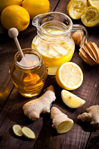 Ginger - Spice「Preparing lemon infused water with honey and ginger」:スマホ壁紙(19)