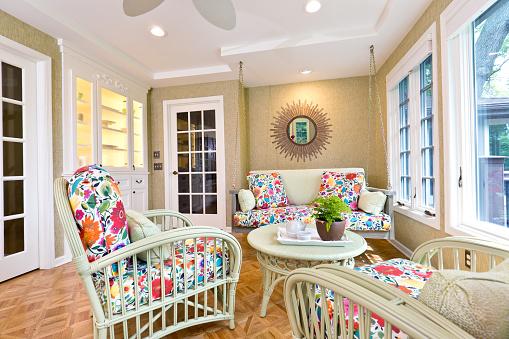 Ceiling Fan「Interior Design Solarium Sun Room of Residential Home」:スマホ壁紙(13)