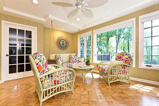 Ceiling Fan「Interior Design Solarium Sun Room of Residential Home」:スマホ壁紙(0)