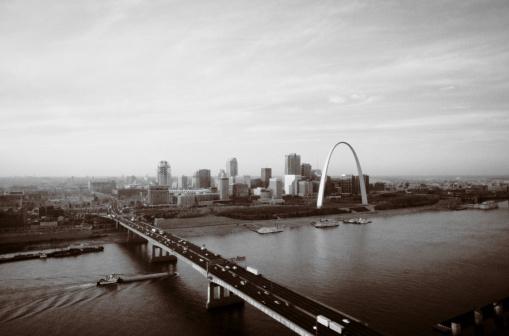 Sepia Toned「St. Louis, Missouri」:スマホ壁紙(9)