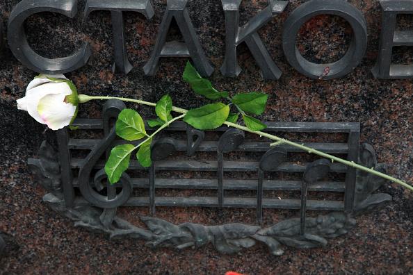 T 「Grave Of Shostakovich」:写真・画像(8)[壁紙.com]