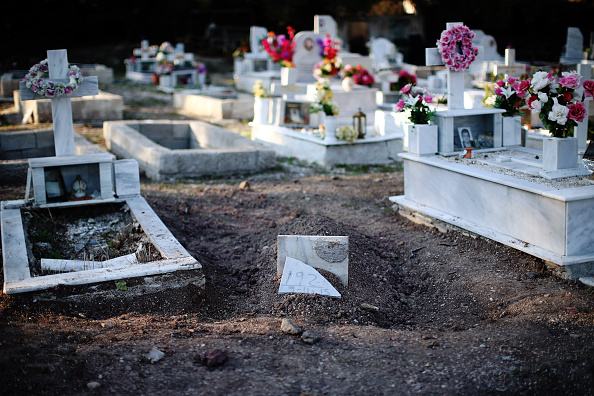 Cemetery「Cemeteries In Lesbos Struggle To Cope As The Migrant Death Toll Rises」:写真・画像(7)[壁紙.com]