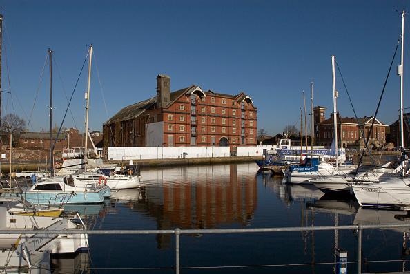 Finance and Economy「Boats in new marina development, Ipswich, UK」:写真・画像(7)[壁紙.com]