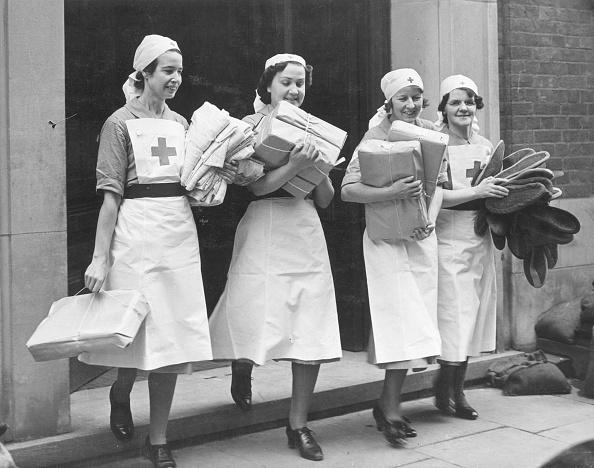 World War II「Nurses With Parcels」:写真・画像(19)[壁紙.com]