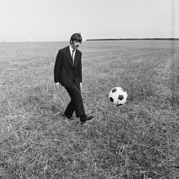 Soccer - Sport「Filming Magical Mystery Tour」:写真・画像(4)[壁紙.com]