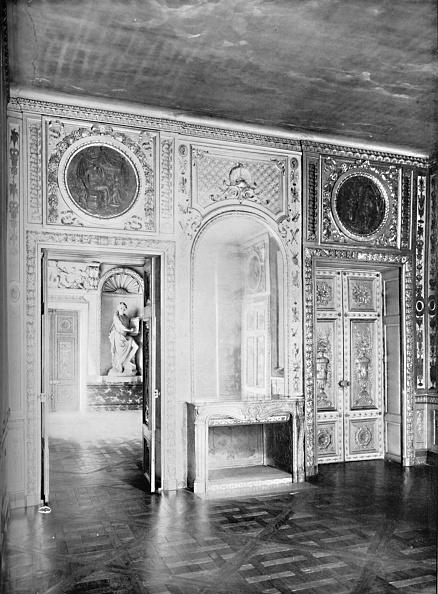 Parquet Floor「Salon With Door Open Into Dining Room - Hotel Lauzun 1903」:写真・画像(16)[壁紙.com]