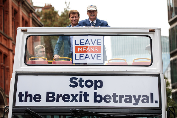 MEP「Nigel Farage Launches Leave Means Leave Campaign In London」:写真・画像(17)[壁紙.com]