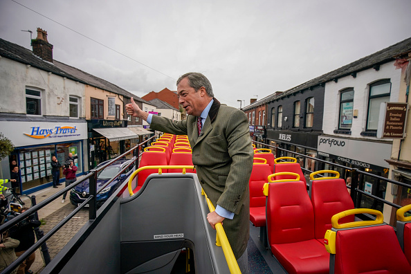 Bus「The First Leave Means Leave Rally Is Held In Bolton」:写真・画像(8)[壁紙.com]