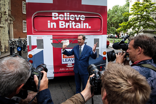 MEP「Nigel Farage Launches Leave Means Leave Campaign In London」:写真・画像(5)[壁紙.com]