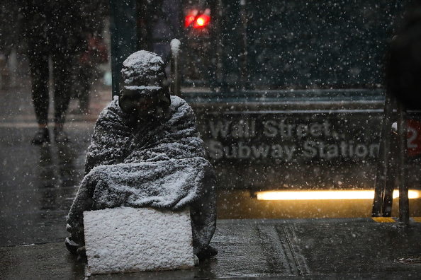 Homelessness「Polar Vortex From Upper Midwest Brings Extreme Cold Temperatures To New York City」:写真・画像(3)[壁紙.com]