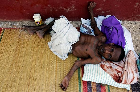 Sri Lanka「Aid Is Distributed To Survivors Of The Tsunami In Sri Lanka」:写真・画像(0)[壁紙.com]