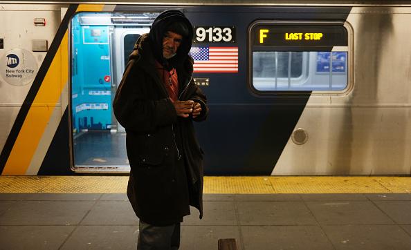 Homelessness「New York City's Subway System To Shut Down Overnight For Cleaning During Coronavirus Pandemic」:写真・画像(3)[壁紙.com]