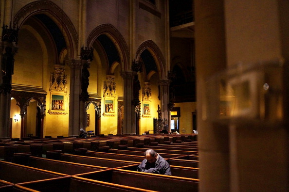Church「Times Square Area Church Serves As Refuge From Cold For Homeless」:写真・画像(13)[壁紙.com]