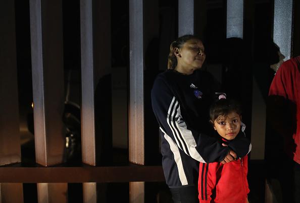 アメリカ合衆国「US Border Agents Pursue Undocumented Immigrants And Smugglers In Texas' Rio Grande Valley」:写真・画像(6)[壁紙.com]