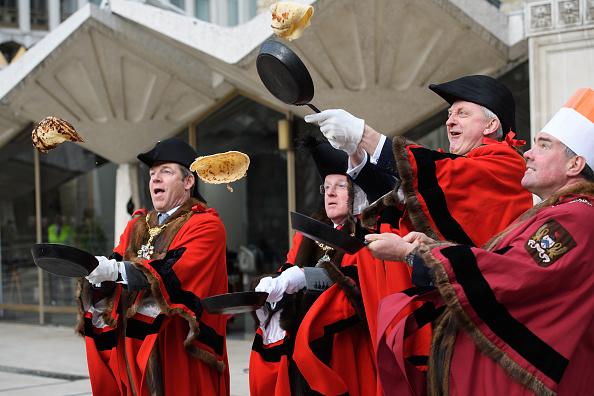 Pancake「Inter-livery Pancake Race Takes Place At Guildhall Yard」:写真・画像(16)[壁紙.com]