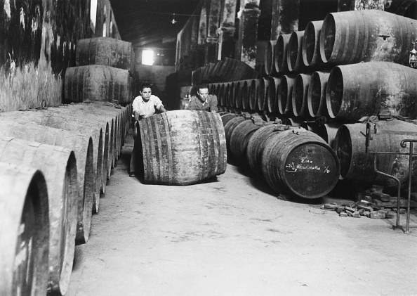 Winemaking「Sherry Bodega」:写真・画像(1)[壁紙.com]