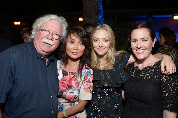 24 legacy「2016 Heaven On Earth Gala - The Perry MacFarlane Legacy Honoring 20th Century Fox TV Animation, Amanda Seyfried, And Karma Rescue」:写真・画像(4)[壁紙.com]
