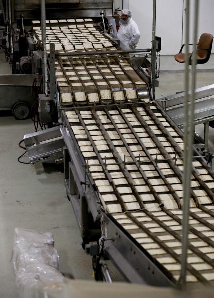 Oven「Matzo Made At Manischewitz Manufacturing Plant」:写真・画像(12)[壁紙.com]