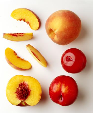 Peach「Plums and peaches」:スマホ壁紙(10)