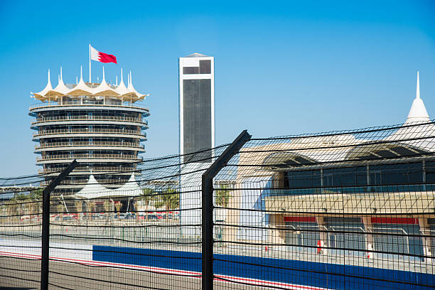 Bahrain International Circuit Pit Lane:スマホ壁紙(壁紙.com)