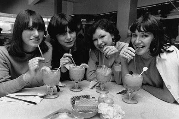 Friendship「Cocktail Girls」:写真・画像(12)[壁紙.com]