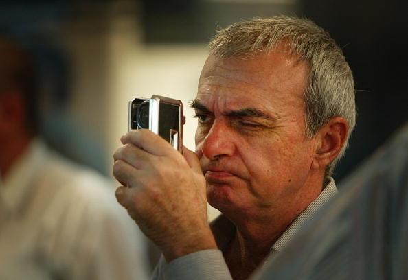 Optical Instrument「Iraq Stock Exchange Remains Healthy」:写真・画像(9)[壁紙.com]