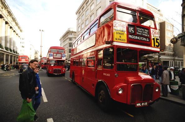 Double-Decker Bus「Oxford Street」:写真・画像(4)[壁紙.com]