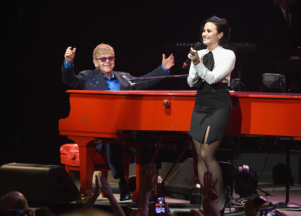 Demi Lovato「Island Life Presents Elton John And His Band At the Wiltern With Special Guests」:写真・画像(16)[壁紙.com]