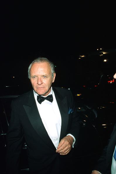 Bow Tie「Celebrities Attend Miramax Oscar Party In Los Angeles CA」:写真・画像(9)[壁紙.com]