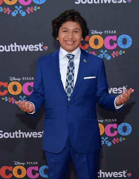 """El Capitan Theatre「Premiere Of Disney Pixar's """"Coco"""" - Arrivals」:写真・画像(15)[壁紙.com]"""