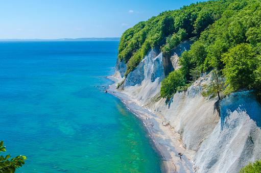 Baltic Sea「Germany, Ruegen, chalk cliff at Jasmund National Park」:スマホ壁紙(18)