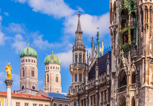 Munich「Germany, Munich, view of Marian column, spires of Cathedral of Our Lady and new city hall」:スマホ壁紙(18)