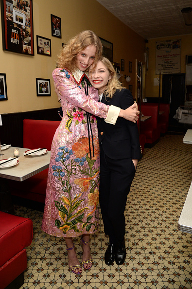 Teenager「Gucci Celebrates The release Of Petra Collins: Coming of Age」:写真・画像(2)[壁紙.com]
