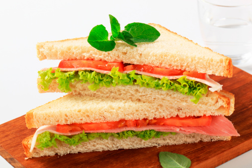 Triangle Shape「sandwiches with ham and vegetables」:スマホ壁紙(8)