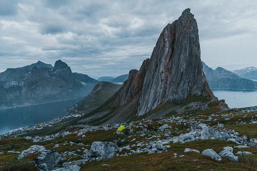Real Life「Tent near Segla mountain on Senja」:スマホ壁紙(5)
