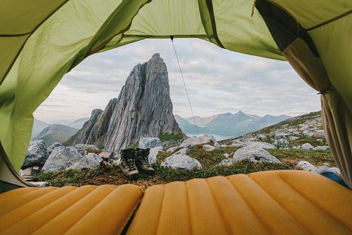 Tent「Tent near Segla mountain on Senja」:スマホ壁紙(16)