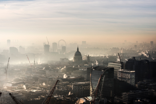 City of London「Aerial of St Paul's in the fog」:スマホ壁紙(13)