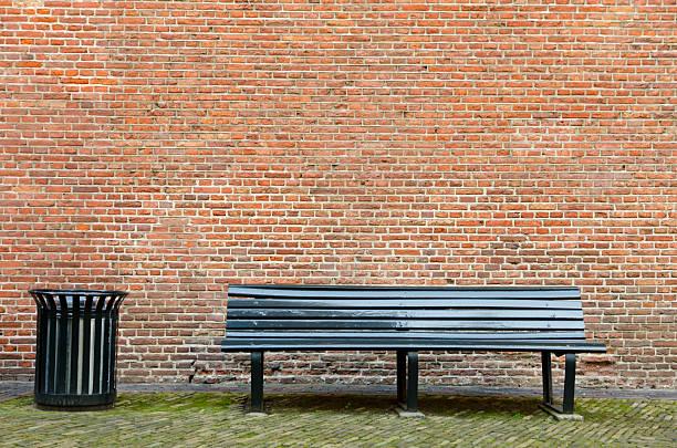 Empty bench and garbage bin:スマホ壁紙(壁紙.com)