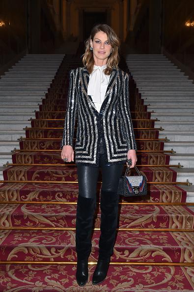 アンジェラ リンドヴァル「Balmain : Arrivals - Paris Fashion Week Womenswear Fall/Winter 2018/2019」:写真・画像(12)[壁紙.com]